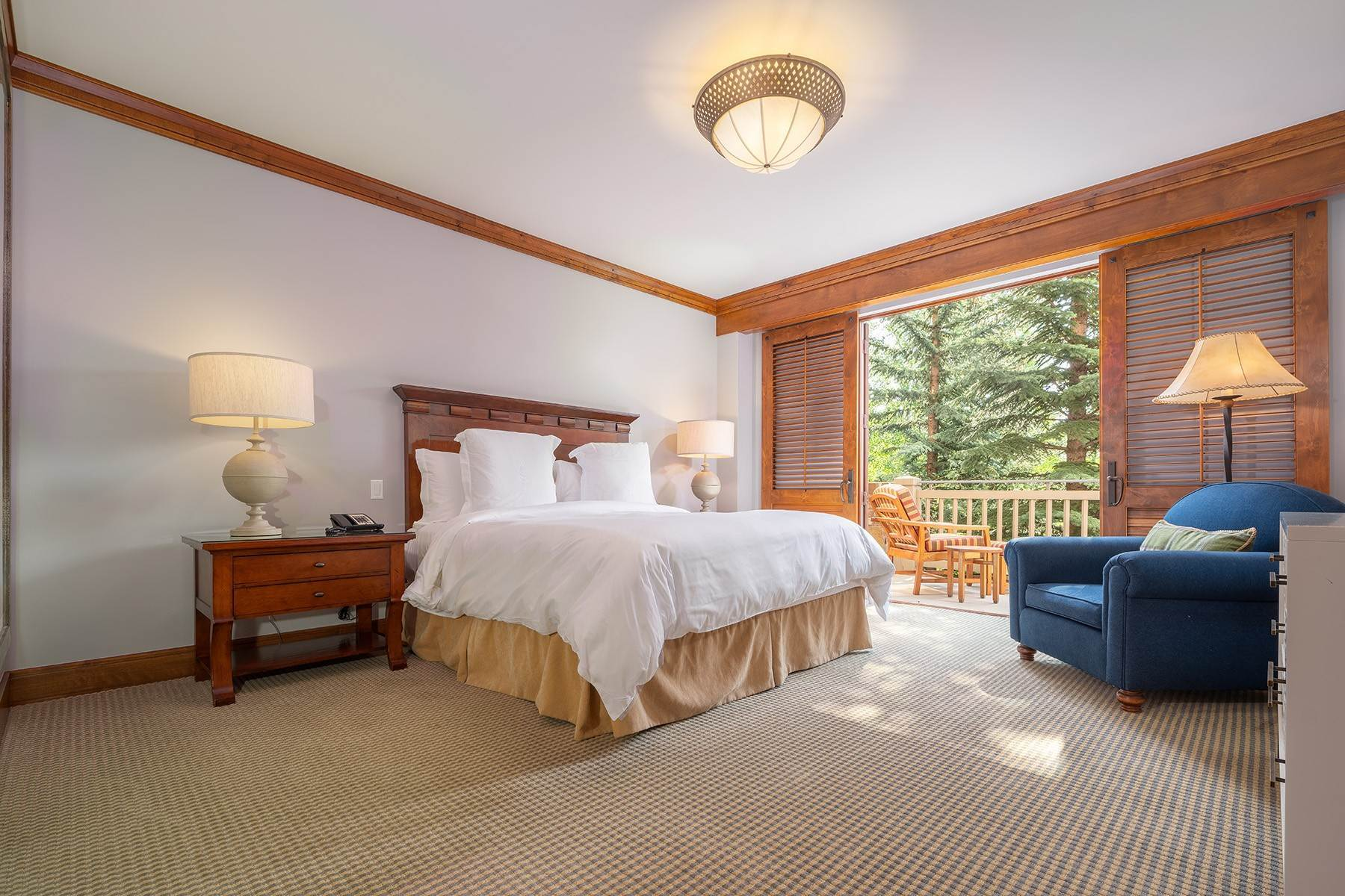 7. Condominiums for Sale at Desirable Four Seasons Private Residence 7680 Granite Loop Road, #654 Teton Village, Wyoming 83025 United States
