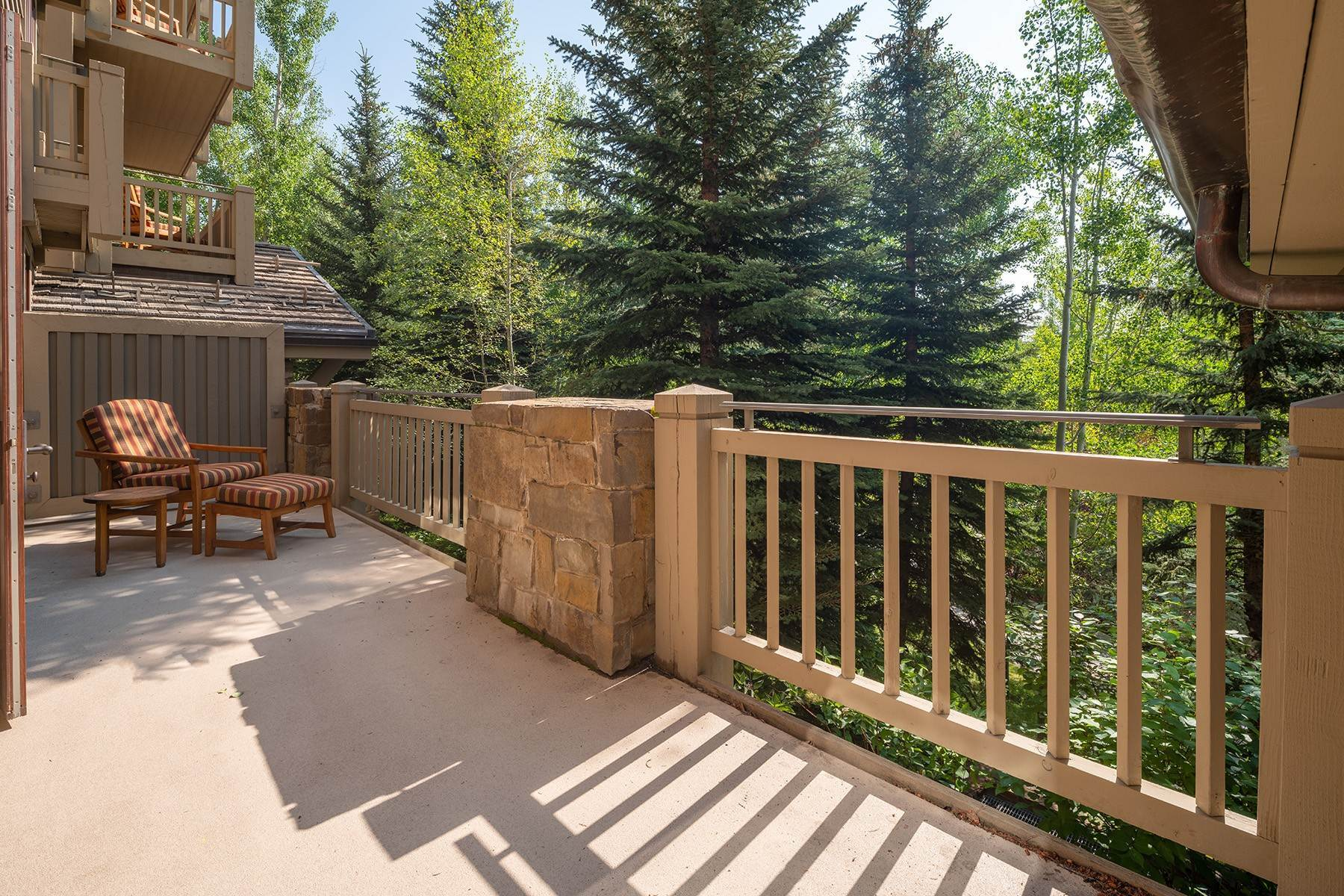 19. Condominiums for Sale at Desirable Four Seasons Private Residence 7680 Granite Loop Road, #654 Teton Village, Wyoming 83025 United States