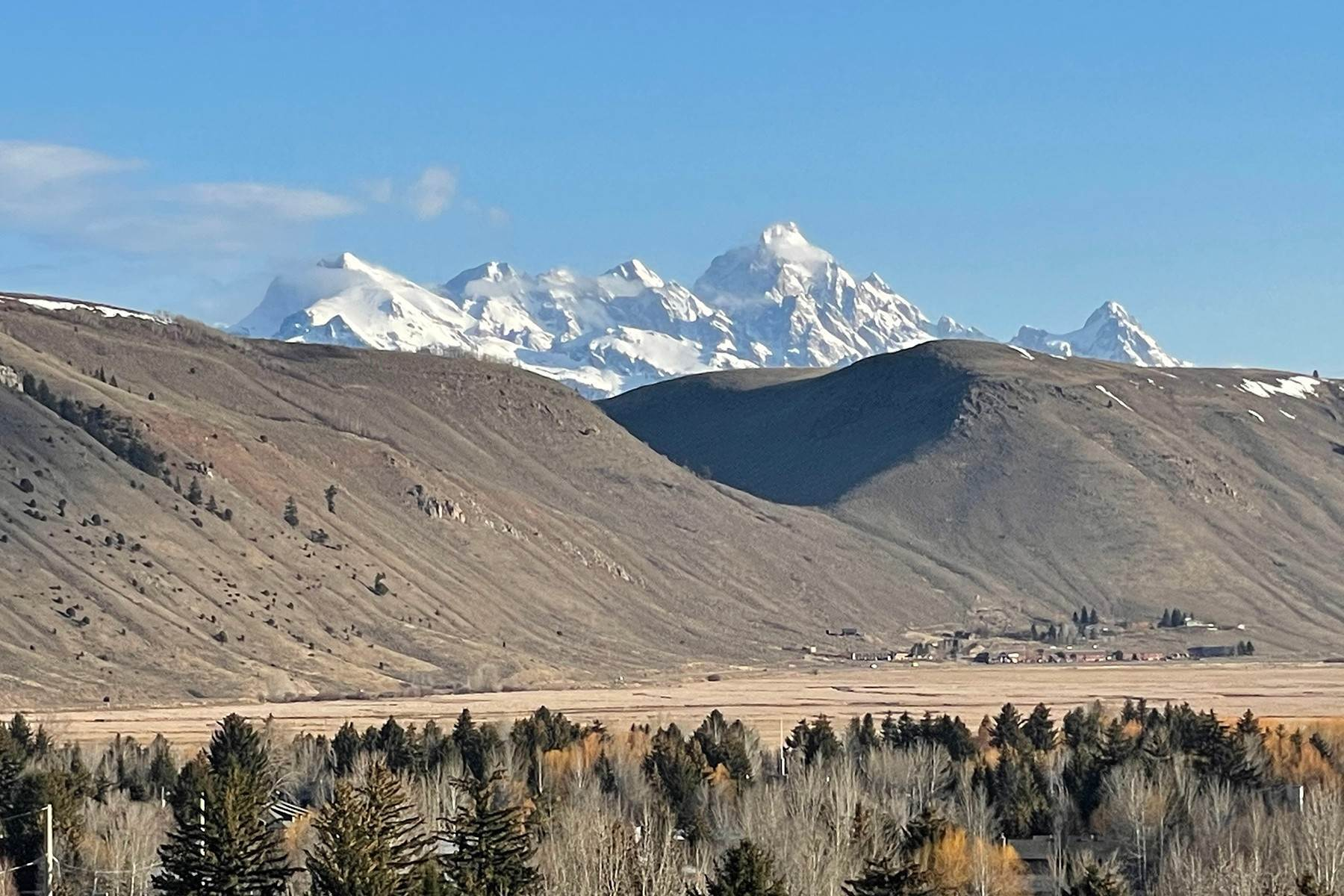 Condominiums for Sale at Huge Views in Love Ridge 533 Snow King Loop, #333 Jackson, Wyoming 83001 United States