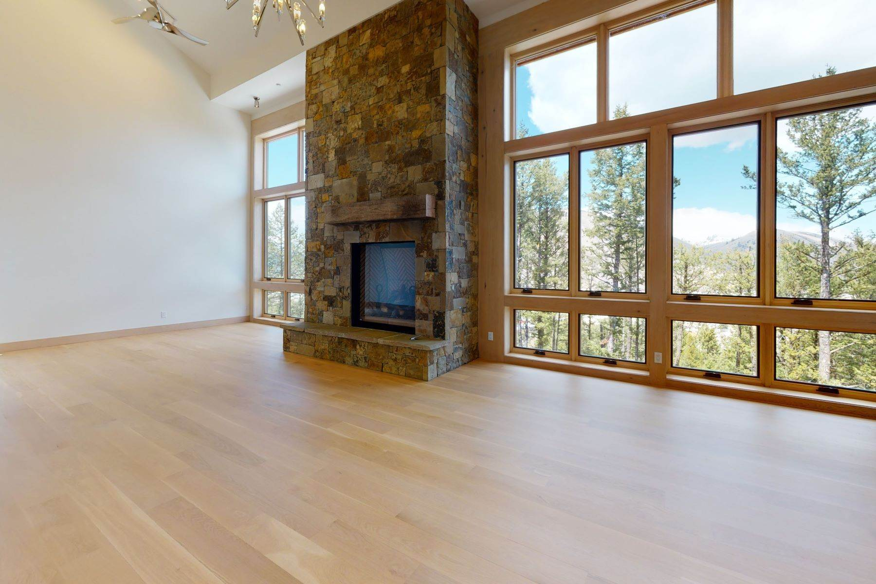 townhouses for Sale at Spectacular Pine Glades Townhouse 142 Pine Glades Drive Jackson, Wyoming 83001 United States