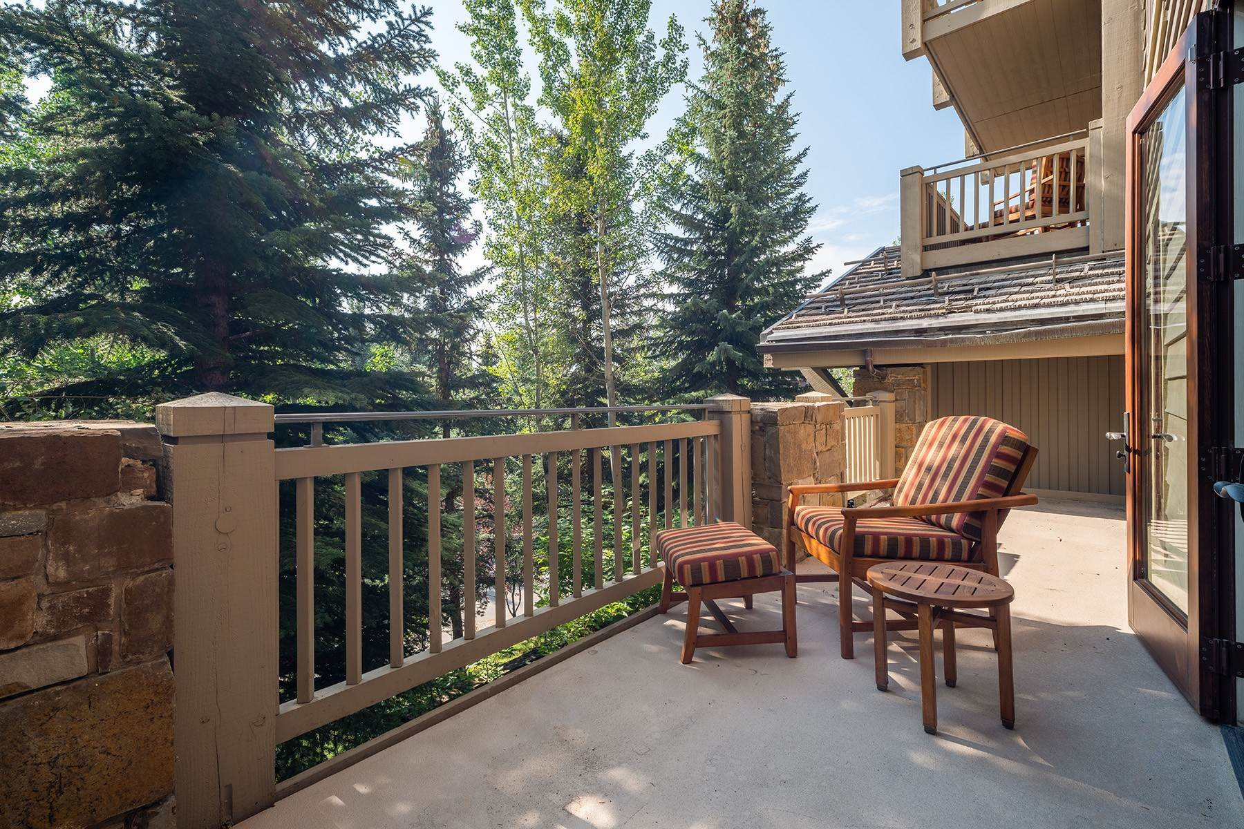 18. Condominiums for Sale at Desirable Four Seasons Private Residence 7680 Granite Loop Road, #654 Teton Village, Wyoming 83025 United States