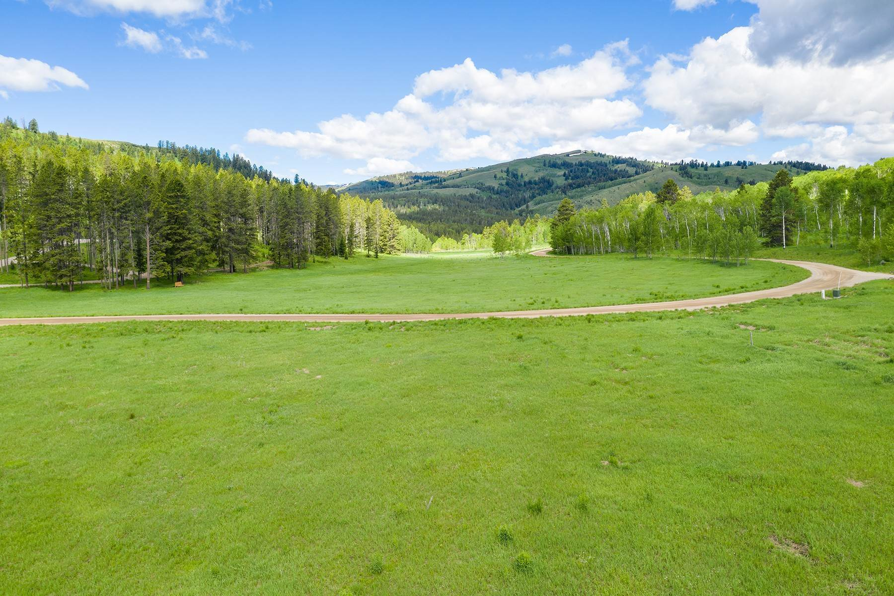 4. Land for Sale at The Best Lot in Pineglen Now Available 7670 S Pineglen Drive Wilson, Wyoming 83014 United States