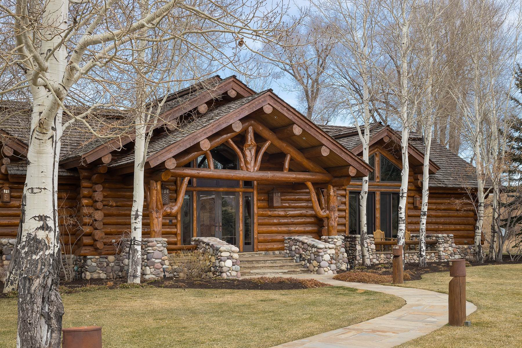 29. Single Family Homes for Sale at 6670 Lower Cascade Drive Jackson, Wyoming 83001 United States