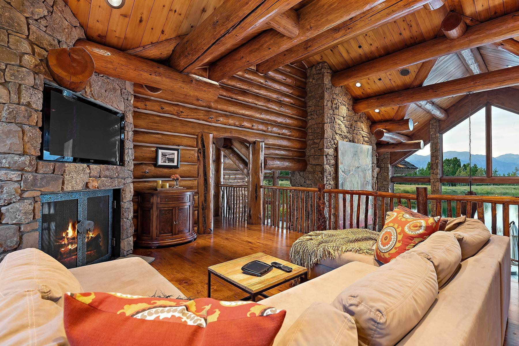 32. Single Family Homes for Sale at Riva Ridge Retreat, Residence of Western Grandeur 3000 Riva Ridge Road Jackson, Wyoming 83001 United States