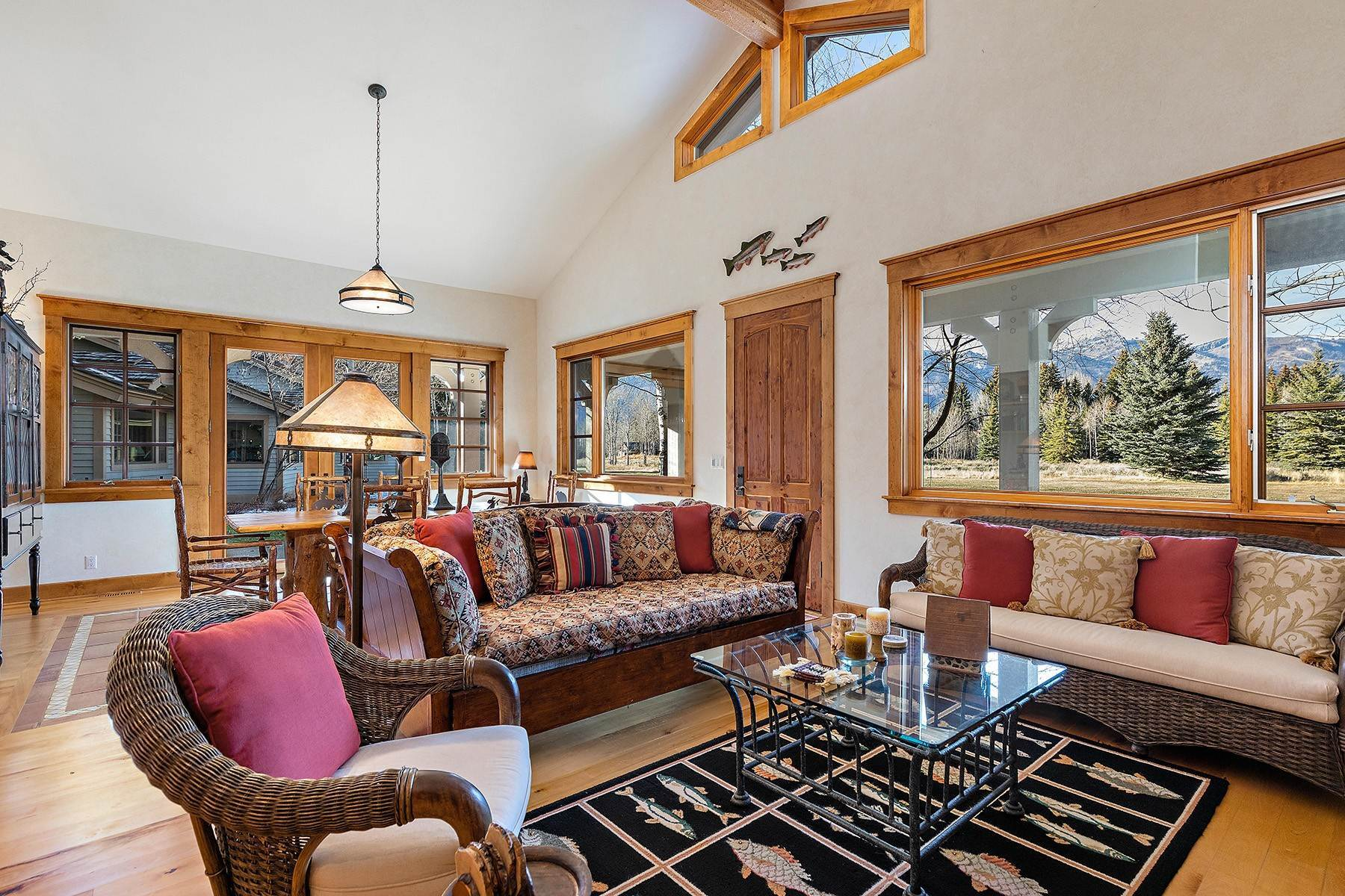 21. Single Family Homes for Sale at 2650 W Stonecrop Road Jackson, Wyoming 83001 United States