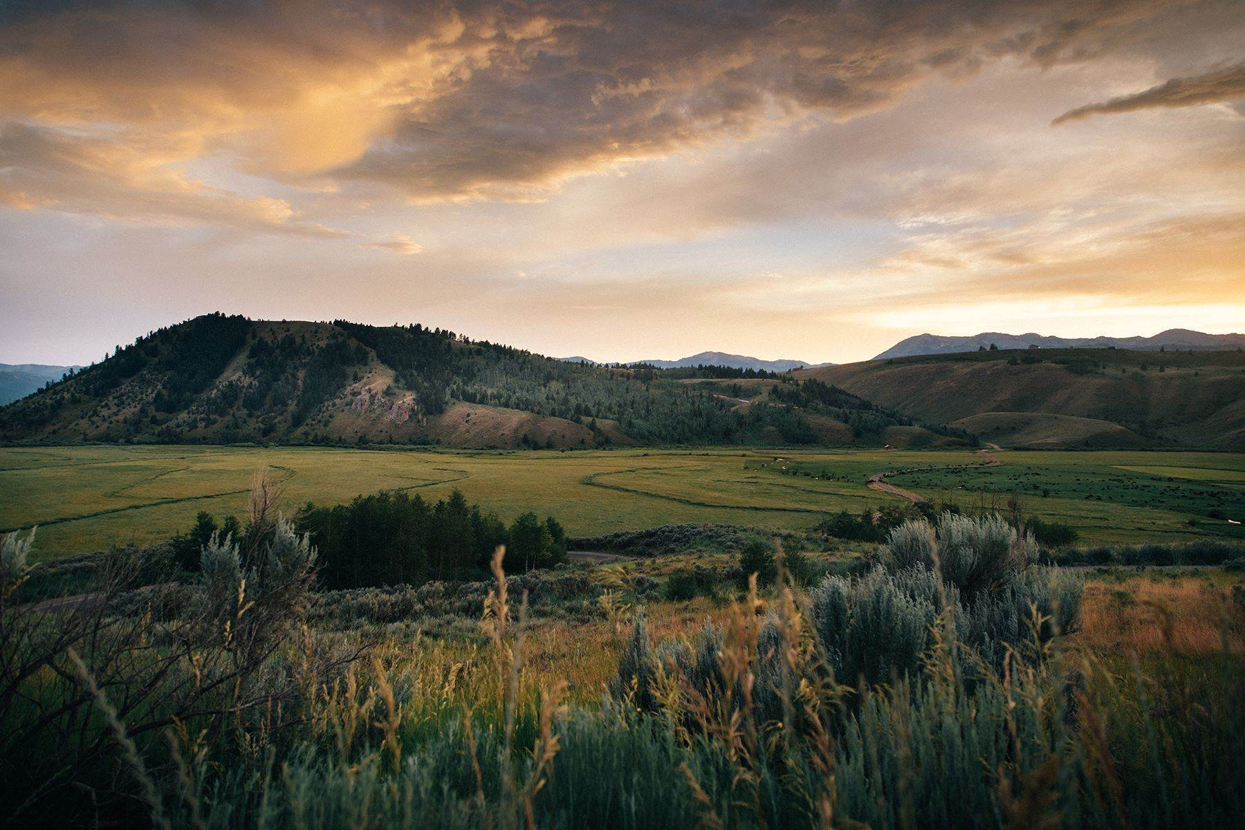 5. Land for Sale at Vogel Hill - Ranch 8 255 Red Tail Butte Road Jackson, Wyoming 83001 United States