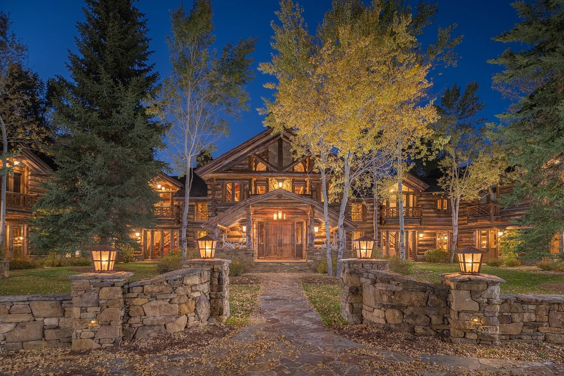 5. Single Family Homes for Sale at Elk Run Estate 1345/1245 Bugling Elk Trail Jackson, Wyoming 83001 United States