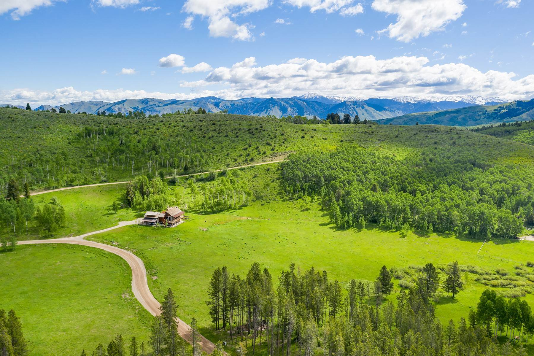 9. Land for Sale at The Best Lot in Pineglen Now Available 7670 S Pineglen Drive Wilson, Wyoming 83014 United States