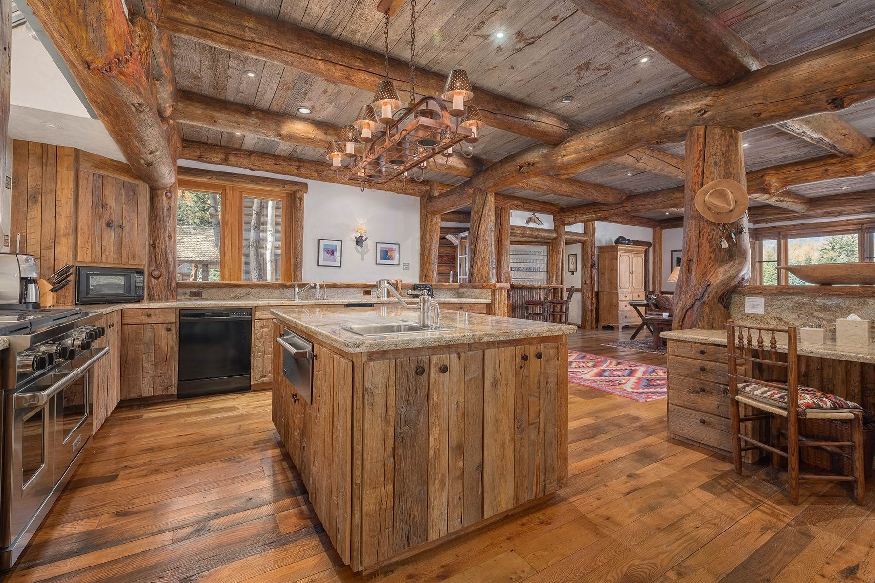 17. Single Family Homes for Sale at Elk Run Estate 1345/1245 Bugling Elk Trail Jackson, Wyoming 83001 United States
