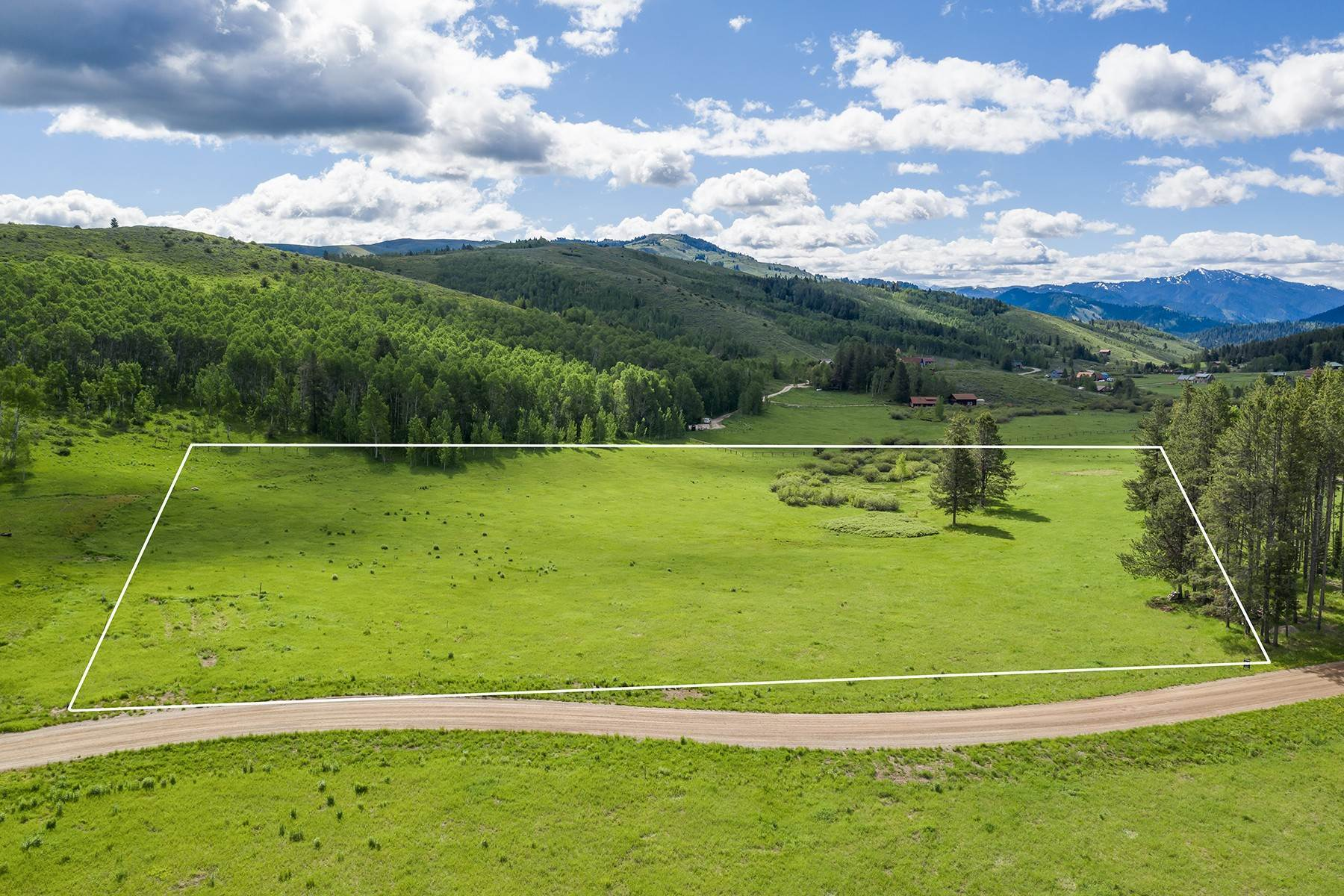 Land for Sale at The Best Lot in Pineglen Now Available 7670 S Pineglen Drive Wilson, Wyoming 83014 United States