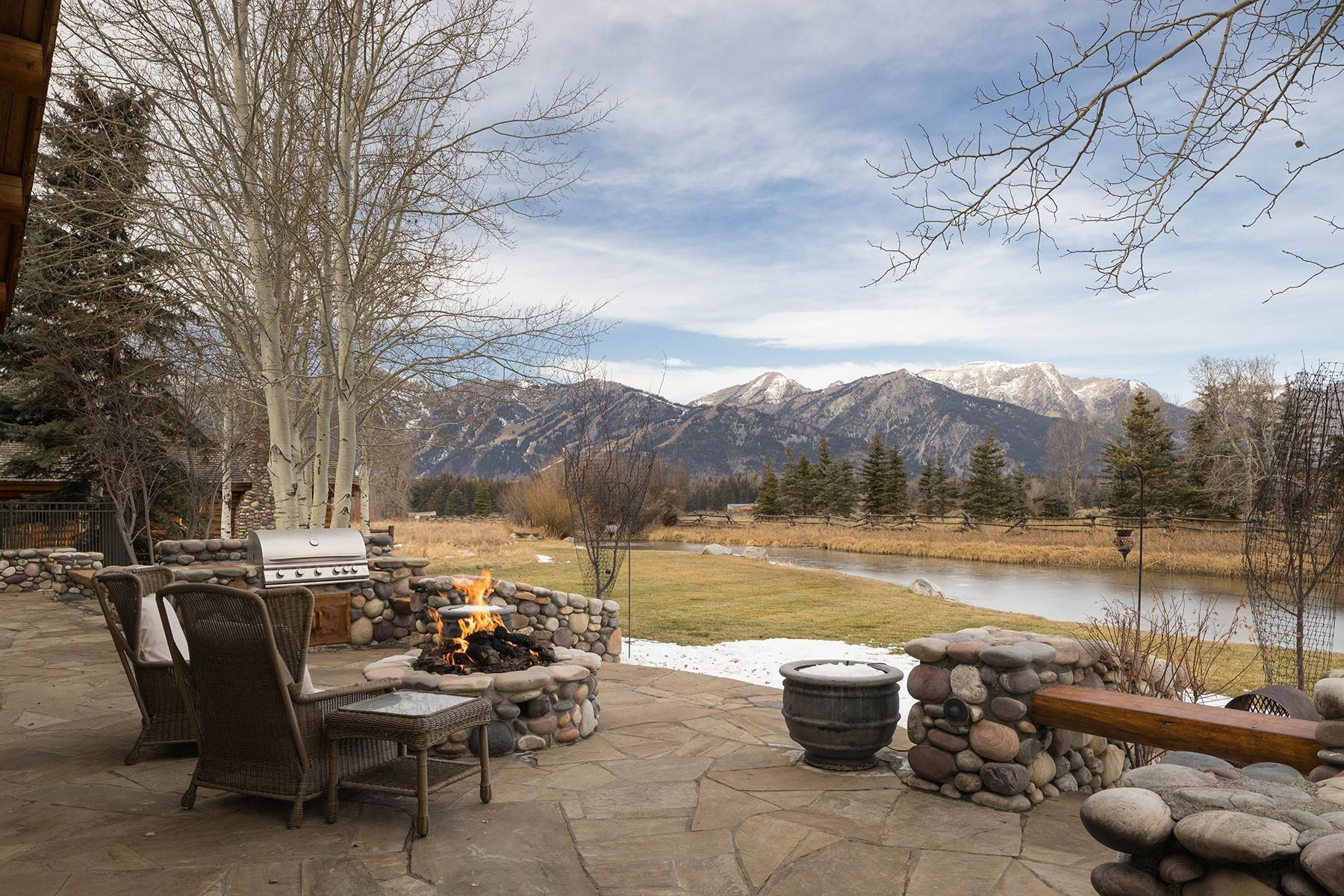 15. Single Family Homes for Sale at 6670 Lower Cascade Drive Jackson, Wyoming 83001 United States