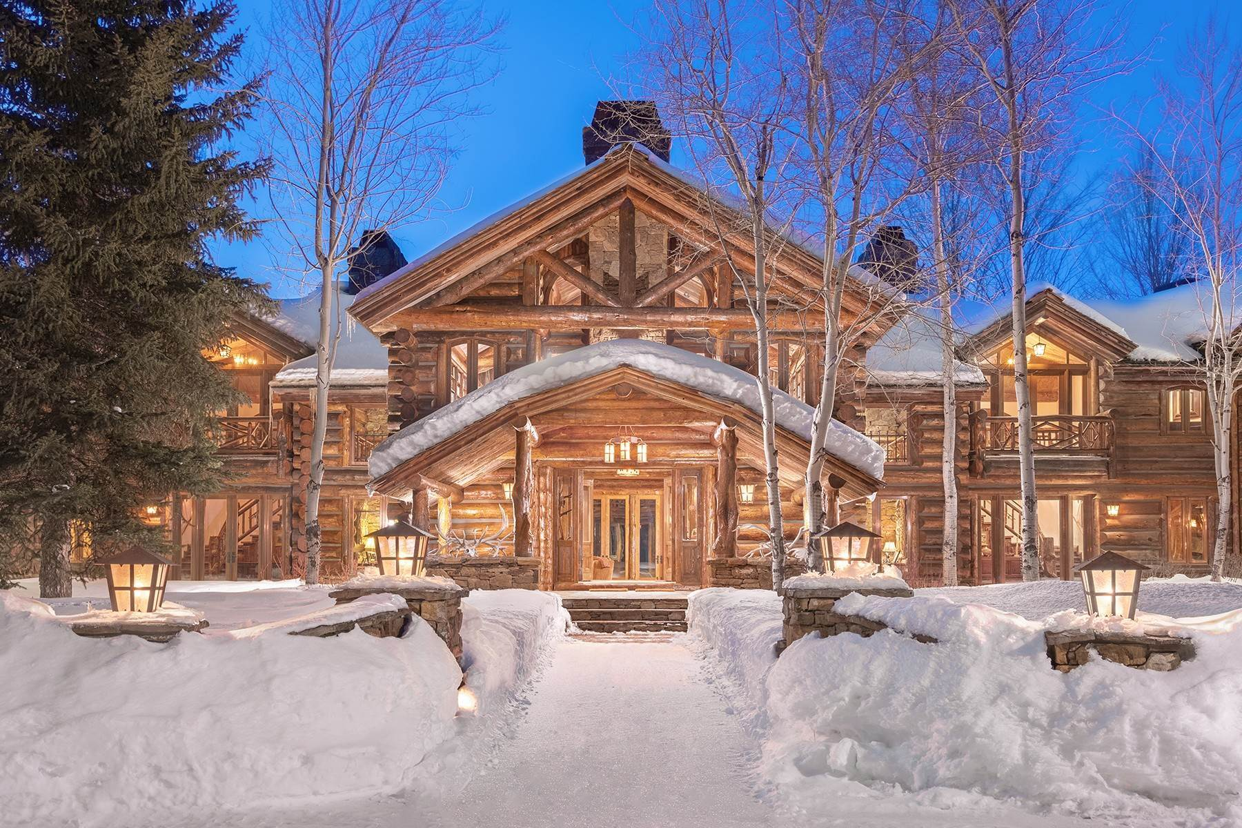 7. Single Family Homes for Sale at Elk Run Estate 1345/1245 Bugling Elk Trail Jackson, Wyoming 83001 United States