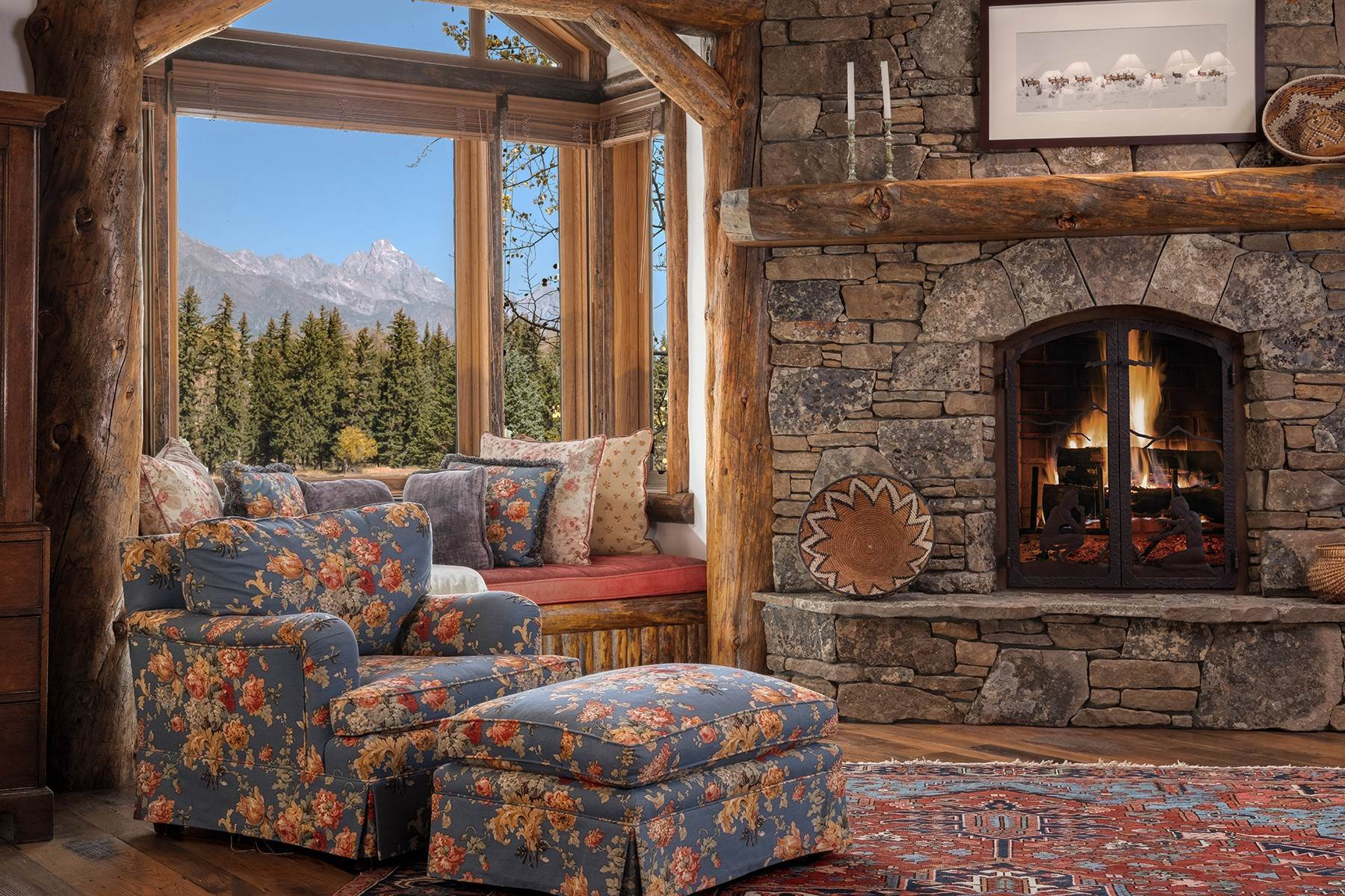 23. Single Family Homes for Sale at Elk Run Estate 1345/1245 Bugling Elk Trail Jackson, Wyoming 83001 United States