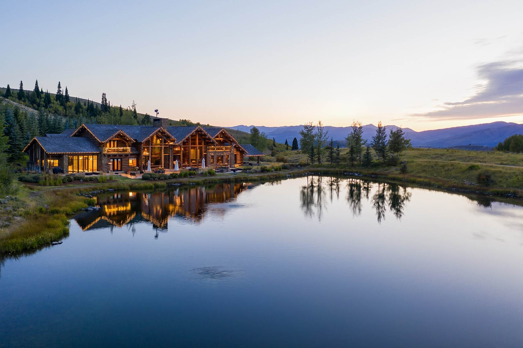 6. Single Family Homes for Sale at Riva Ridge Retreat, Residence of Western Grandeur 3000 Riva Ridge Road Jackson, Wyoming 83001 United States