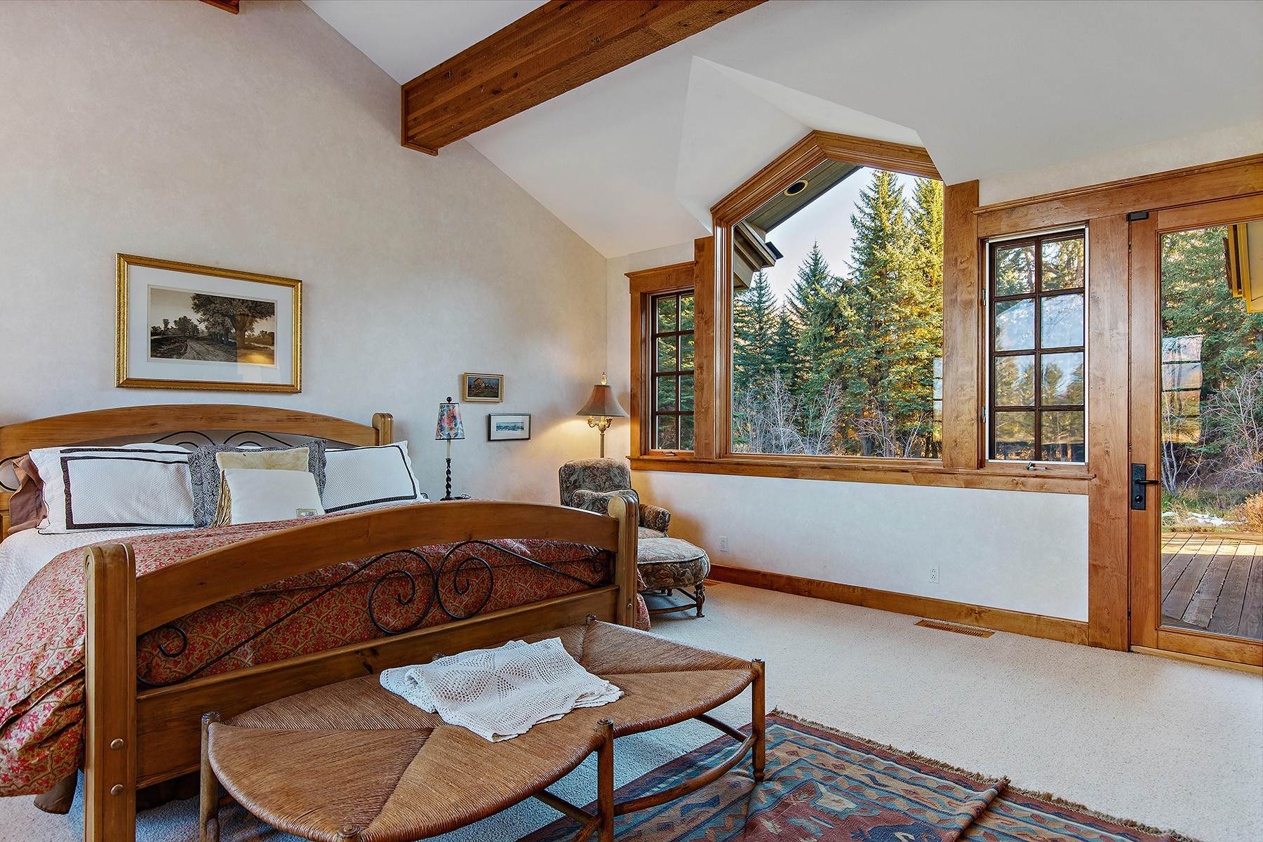 35. Single Family Homes for Sale at 2650 W Stonecrop Road Jackson, Wyoming 83001 United States